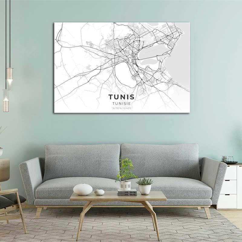 Tableau avec plan de la ville de Tunis avec canapé gris